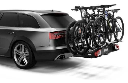 Lastkapaciteten kan utökas till fyra cyklar med hjälp av Thule VeloSpace XT Bike Adapter